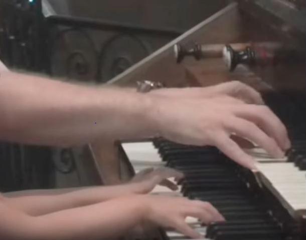 orgue de La Réole vous permet de découvrir les activités proposées pour l'apprentissage de l'orgue dans l'église saint pierre de la réole